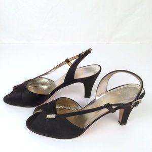 Vintage Salvatore Ferragamo Slingback Low Heel